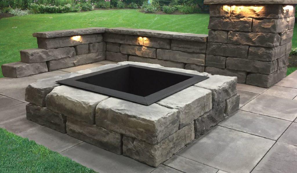 Rosetta Square Fire Pit Illini Brick Company
